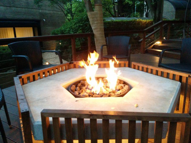 箱根ゆとわ ナカニワのたき火